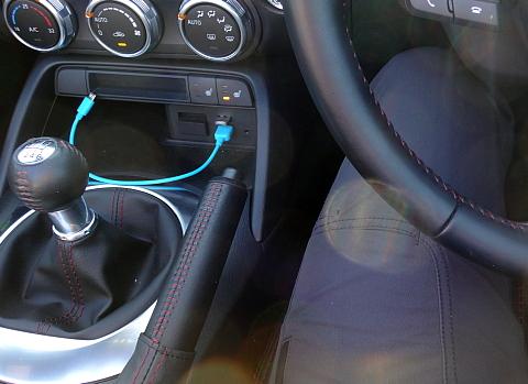 151014 MazdaND-RS RV8 ~1.jpg