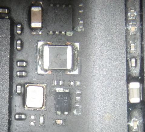 Macbook Air Salvage ~6.jpg