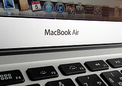 120105 MacBookAir.jpg